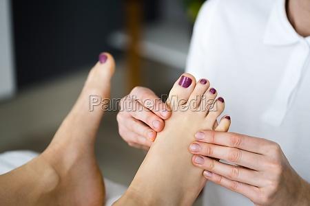 foot spa massage and reflexology treatment
