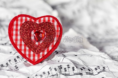 red heart with music notes