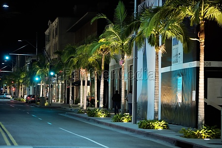 street at night rodeo drive los