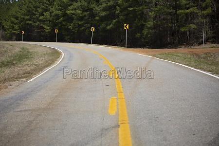 highway curving