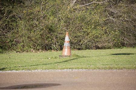 orange caution cone