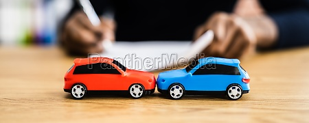 car accident liability insurance and lawyer