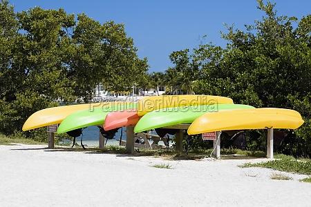 boats in a row curry hammock