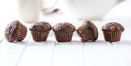 chocolate muffins sweet dark cupcakes