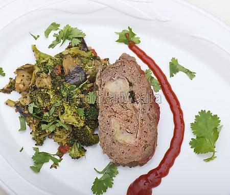 meat loaf with vegetables