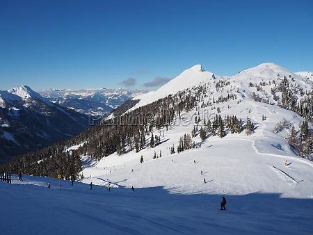 ski slope in zauchensee ski amade