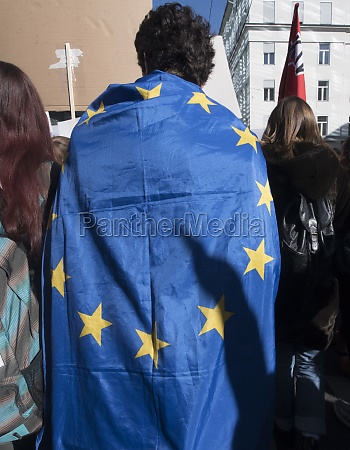eu citizens with blue european union