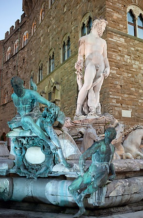 the fountain of neptune florence italy