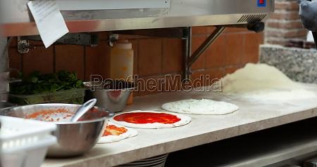 ingredients for neapolitan pizza