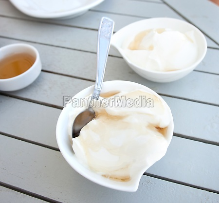 greek yogurt with honey in a