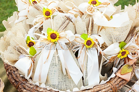 rustic wedding favors with sunflowers
