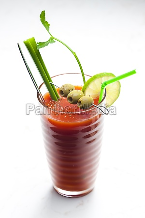 bloody mary cocktail made of tomato