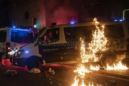 barcelona 27 february 2021clashes erupted between