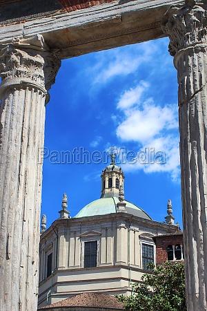 columns of san lorenzo basilica