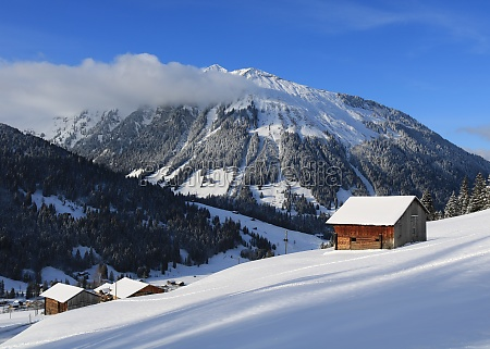 wintery landscape in the saanenland valley