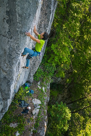 rock climbing in squamish british columbia
