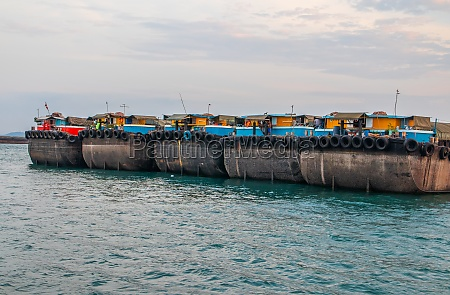 container ships in the gulf of