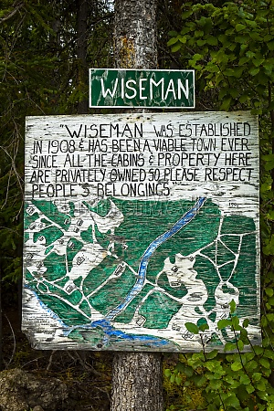 wiseman entrance signage with hand written
