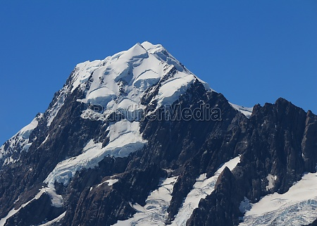 mount cook seen from a place