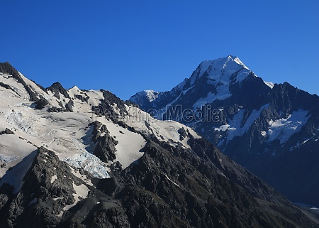 mount cook highest mountain of new