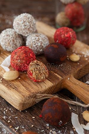 raw protein balls