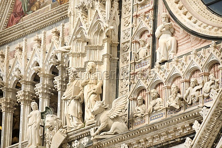 siena cathedral dedicated to the assumption