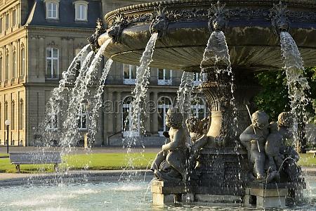 fountain and castle stuttgart