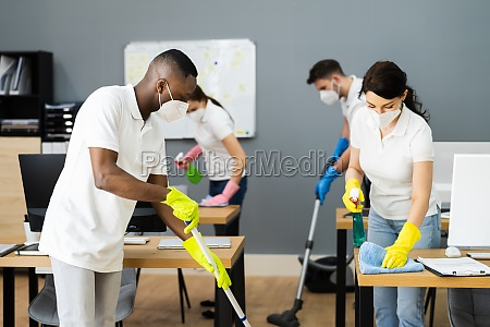 cleaning janitor service