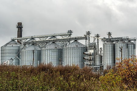 agricultural silos for grain crops