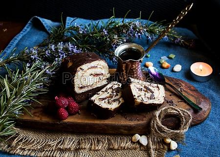 filled cake roll with raspberries greek