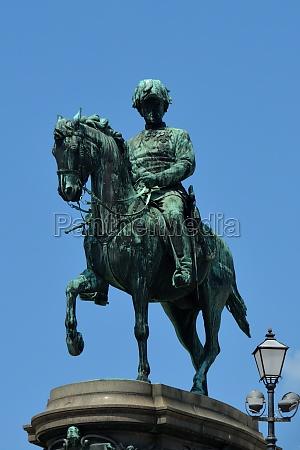 equestrian statue of archduke albrecht in