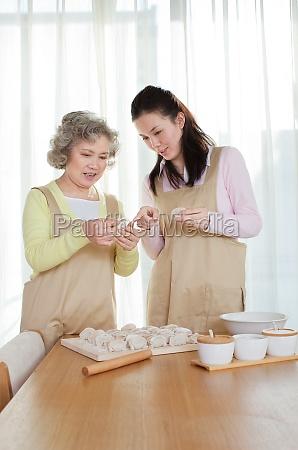 dumplings at home