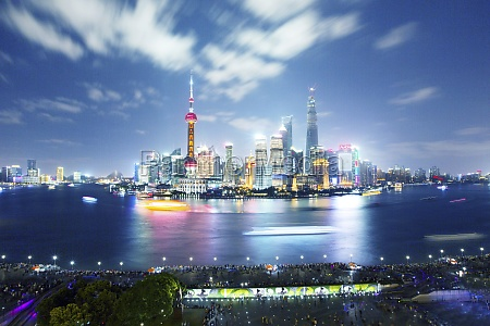 shanghais gorgeous night scene