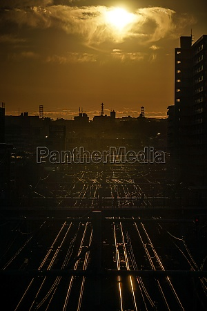 image of the evening skyline and