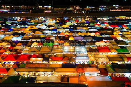 talat lot phi ratchada night market