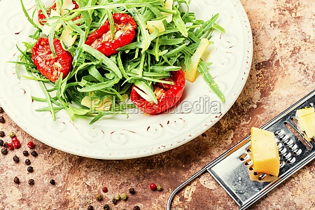 salad with sun dried tomato and