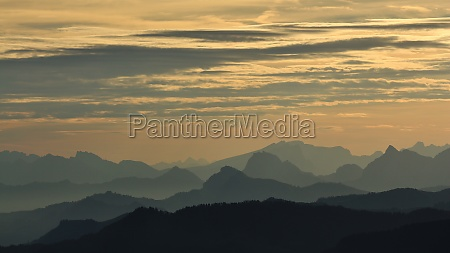 mountain ranges in central switzerland at