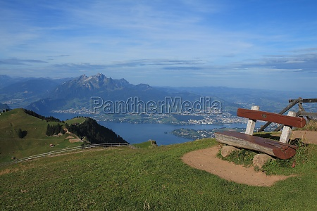 bench on top of the rigi