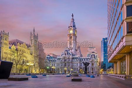 philadelphias landmark historic city hall building