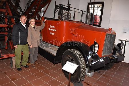 historisches feuerwehrfahrzeug im feuerwehr museum in
