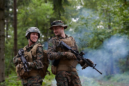 soldier woman as a team leader