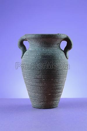empty vase monochrome