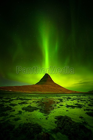 northern light over kirkjufell mountain