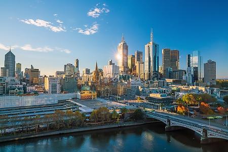 melbourne city skyline in australia