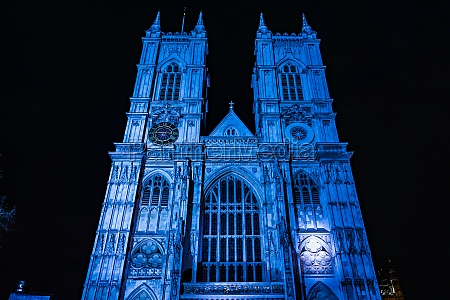 westminster abbey of night view london