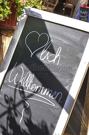 welcome sign in german willkommen