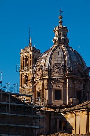 details of chiesa santi luca e