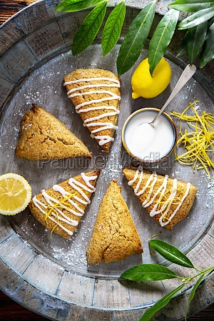 earl grey scones with lemon