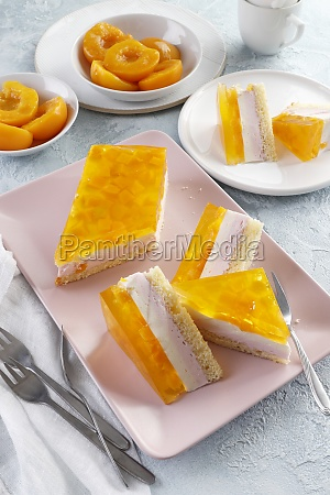 summer cake with peach jelly and