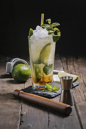 mojito cocktail with ice and mint